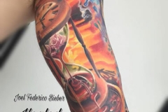 realismo-color-joel-federico-bieber-grande-brazo-reloj-de-arena