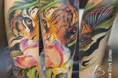 inferno-tattoo-barcelona-christian-kurt-flores-blancas-tigre-color-antebrazo-zaragoza-tattoo-convention-2017