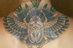 inferno-tattoo-barcelona-egipcio-cuello-nuca-christian-kurt