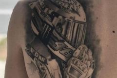 inferno-tattoo-barcelona-hector-mateos-casco-moto-tatuaje