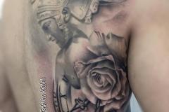 inferno-tattoo-barcelona-joel-federico-bieber-guerrero-negro-grande-espalda