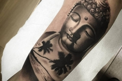 hector-mateos-inferno-tattoo-barcelona-realismo-negro-gris-indu