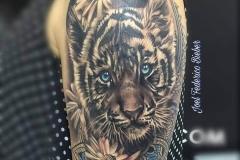 inferno-tattoo-barcelona-joel-federico-tatuaje-cachorro-tigre