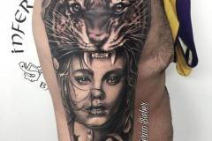 inferno-tattoo-barcelona-joel-federico-bieber-realismo-gris-retrato-tigre-grande-negro