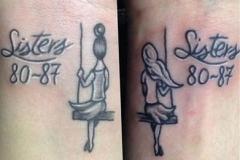 inferno-tattoo-barcelona-ilustracion-marcelo-entattoo-pequeño-brazo-sisters-recuerdo