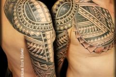 maori-polinesio-christian-kurt-bieber-grande-brazo-pecho-jpg