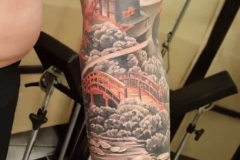 inferno-tattoo-barcelona-christian-kurt-religioso-color-oriental-grande-brazo