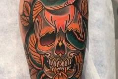 inferno-tattoo-barcelona-raul-leone-mula-fest-2018-tattoo-madrid-calavera-faro-serpiente-neotradicional-2-premio