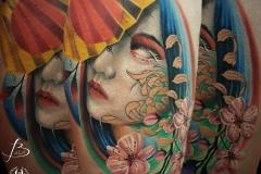 inferno-tattoo-barcelona-2018-flores-cara-geisha-christian-kurt-sombrilla