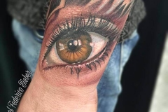 joel-federico-bieber-realismo-color-pequeño-mano-ojo-jpg