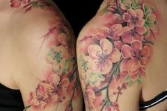 realismo-color-christian-kurt-bieber-grande-hombro-flores-cerezo-jpg-1