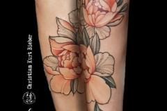 inferno-tattoo-barcelona-christian-kurt-dot-work-flores-color