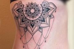 inferno-tattoo-barcelona-joel-federico-bieber-indu-mandala