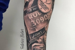 inferno-tattoo-barcelona-joel-federico-bieber-medallas-negro-grande
