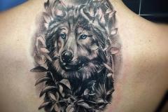 inferno-tattoo-barcelona-joel-federico-tattoo-lobo-negro-gris-zaragoza-2017