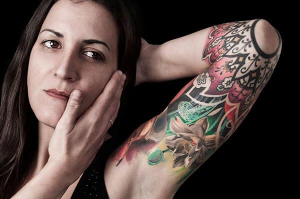 Geral, luce un tatuaje hecho en Inferno Tattoo Barcelona