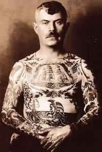 Los marineros se tatuaban rosas