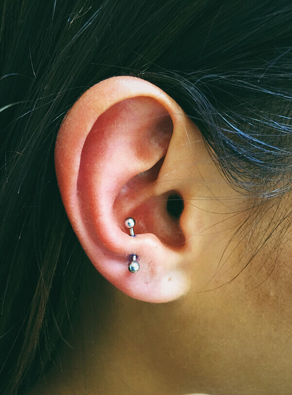 antitragus-piercing-en oreja (1)