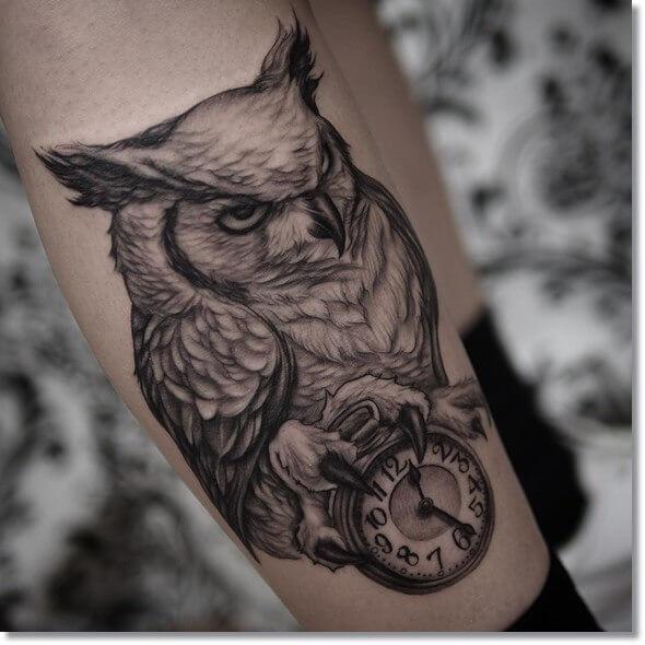lechuza-reloj-tattoo