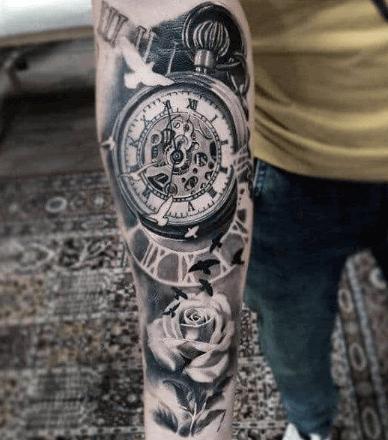 tattoo-reloj-mecanismo-rosa-pajaros