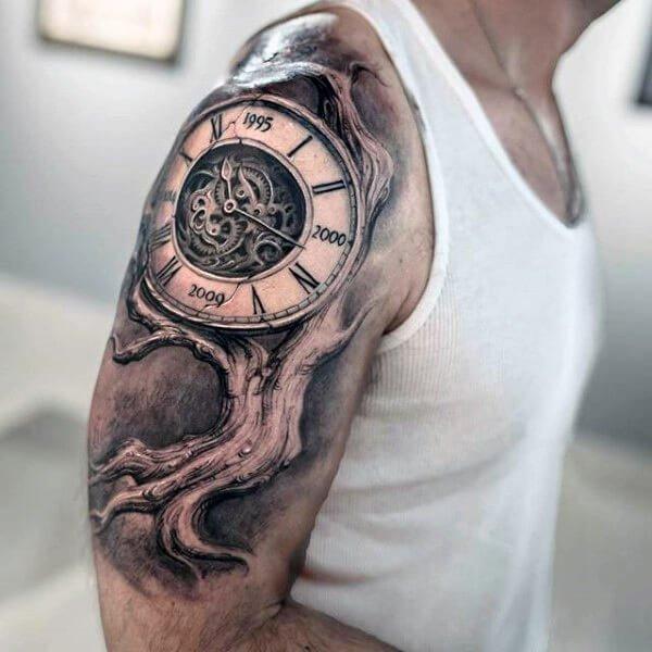 tatuaje-arbol-tronco-reloj