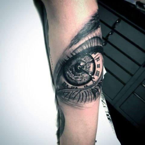 tatuaje-con ojo-y-reloj