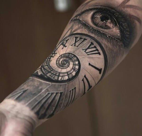 tatuaje-reloj-ojo-espiral