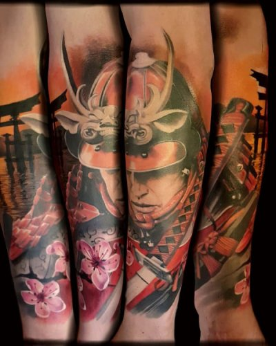realismo-japonés-color-christian-kurt-bieber-grande-brazo-antebrazo-samurai-katana-jpg