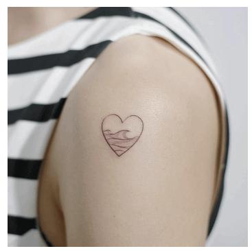 Tatuajes pequeños para mujeres, corazon