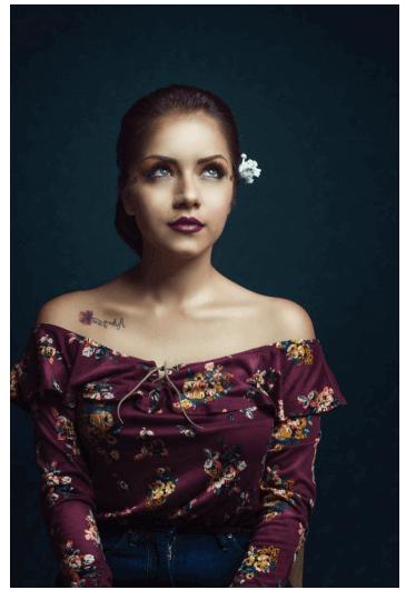Tatuajes pequeños para mujeres, flor