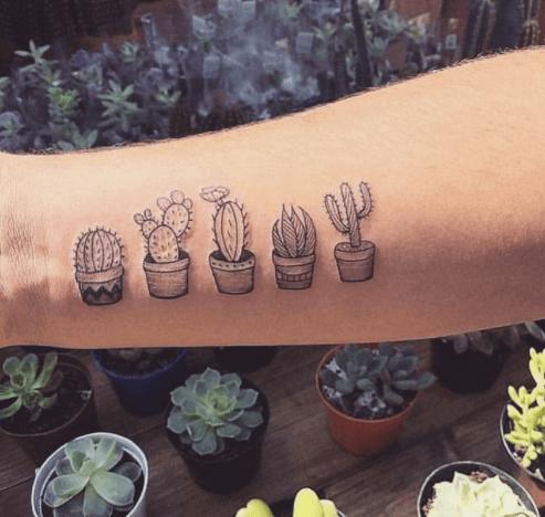 Tatuajes pequeños para mujeres, cactus