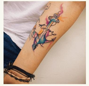 Qué alegre y colorido este ancla en estilo de tattoo acuarela con lettering. Pinterest.