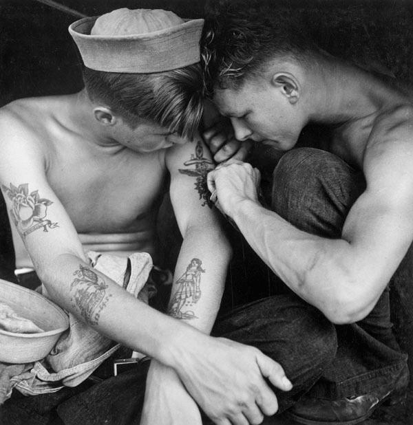 Tatuaje de ancla, clásico entre los marineros